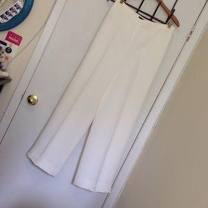 The classic wide leg white pant, sz 8