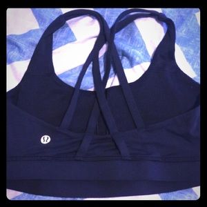 Lululemon athletica strappy black sports bra sz4