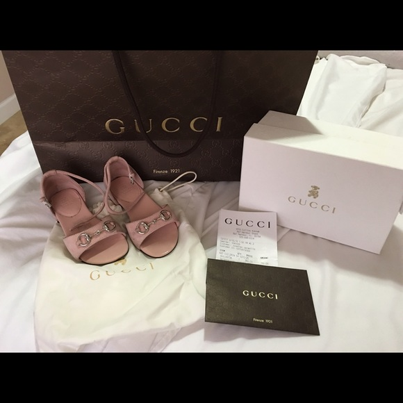 Selling Gucci Powder Pink Girl Sandals