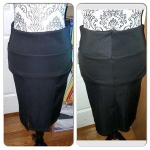 🎉NWT black pencil skirt!🎉