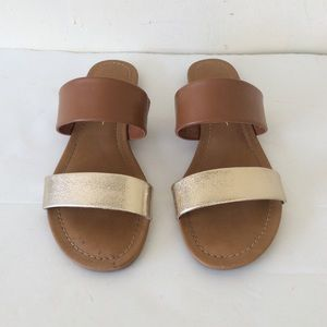 Mari. A Slip-On Sandals size 8.5