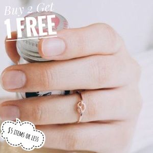 Boutique Jewelry - Tie The Knot Ring