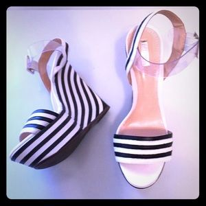 Schutz brand new black and white wedges