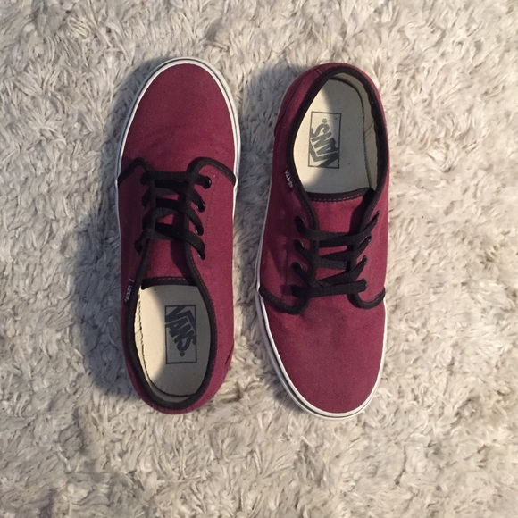 412b51ba55d41b Vans Authentic Port Royale Red Black Sneakers. M 573cd4676802789f6f002ed5