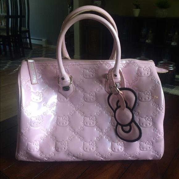 58d22220c1fe Hello Kitty Handbags - Hello Kitty Pink patent leather bag