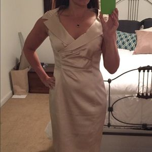 Kay Unger Gold  dress