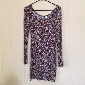Floral form fitting dress from H&M
