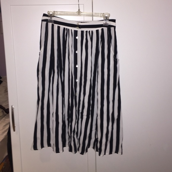 forever 21 black and white striped midi skirt from