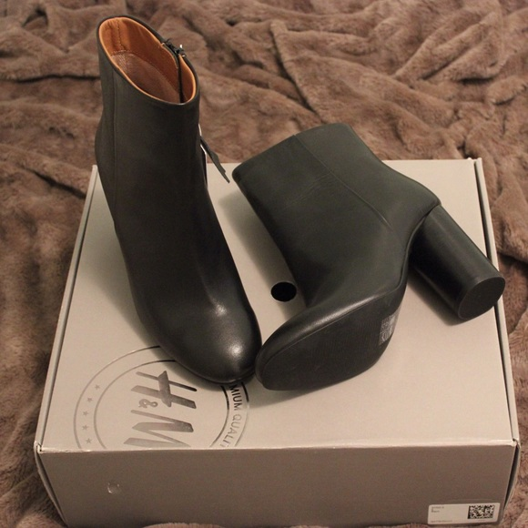 1abe7c3dd47 H M Genuine Leather Ankle Boots
