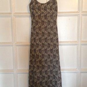Dresses & Skirts - Alexia Admor maxi dress with spaghetti straps