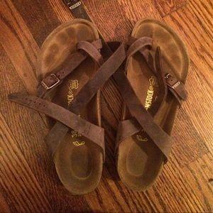 e7a8fb0f751b Birkenstock Shoes -  1HR FLASH SALE  Birkenstock Yara sandals 38 8