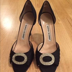 Manolo Blahnik Shoes - Black Satin Manolo Blahnik pumps