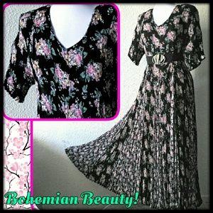 Vintage Dresses & Skirts - Vtg. Bohemian Flowy Dress - NWT