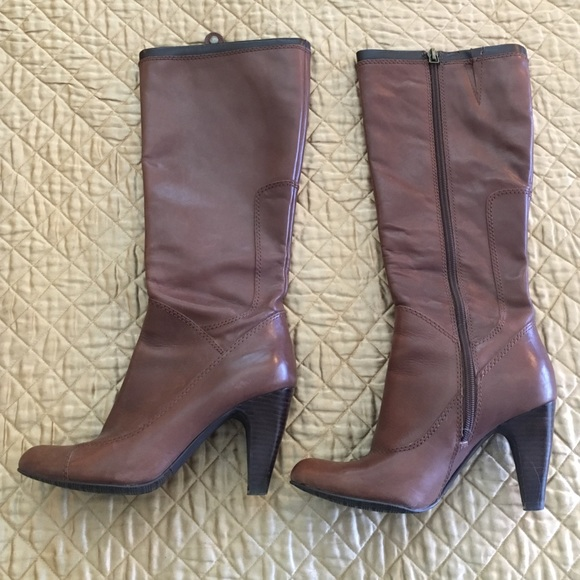 91 reba shoes reba boots from s closet on
