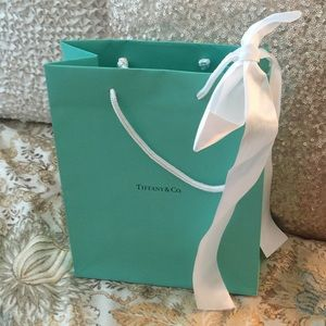 Tiffany & co medium gift bag & white ribbon