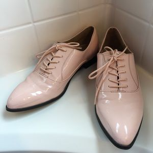 Forever 21 Shoes - Forever 21 pointy-toed oxfords