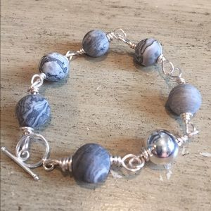 Marbled gray stone bracelet