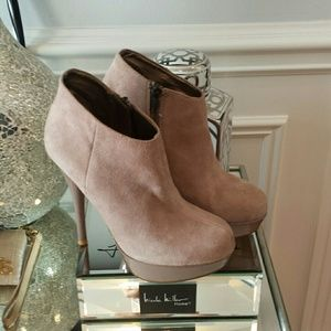 Steve Madden ankle-booties