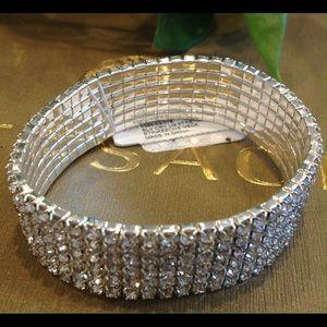 Jewelry - 🌺CRYSTAL STRETCH CUFF BRACELET🌺
