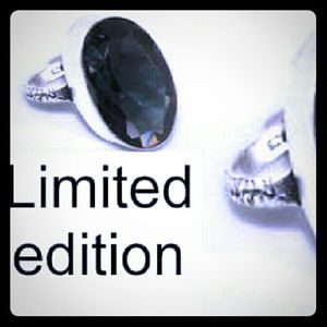 Jewelry - Limited edition black spinel 925 silver   size:9