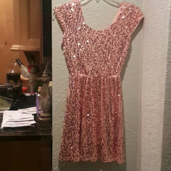Perfect Christmas Party Dress: 60% Off Rue 21 Dresses & Skirts
