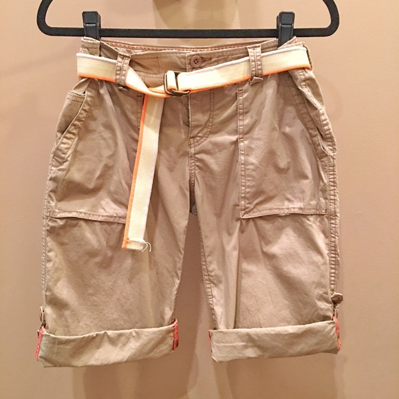 Model Mens AE Cargo Pant  Field Khaki  American Eagle Outfitters