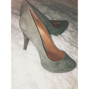 SCHUTZ Shoes - SCHUTZ Suede Gray Pumps