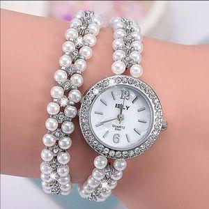 Elegant Pearl Chain Double Wrap Bracelet Watch