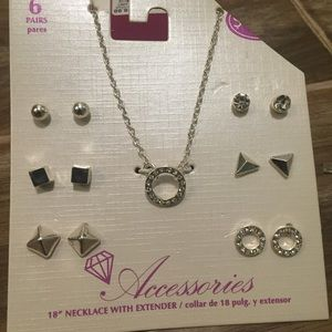 New silver jewelry set