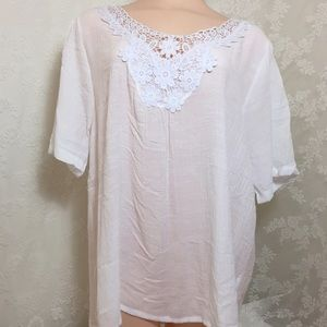 Amazing white blouse with lace B17