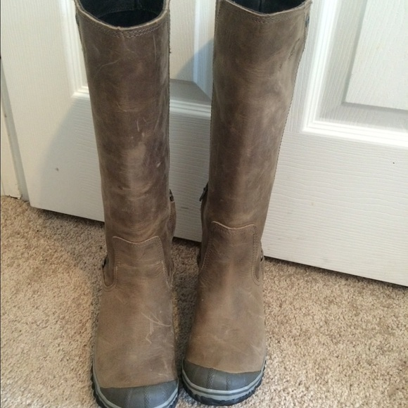 0a0e9e265e9 Sorel Womens Slimboot Boot - WORN ONCE! M 573f57ca5c12f8bcad019d49