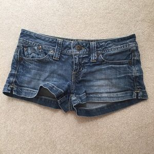 Guess Pants - Guess denim shorts