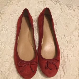 Banana Republic Shoes - Banana republic flats 💕SALE💕