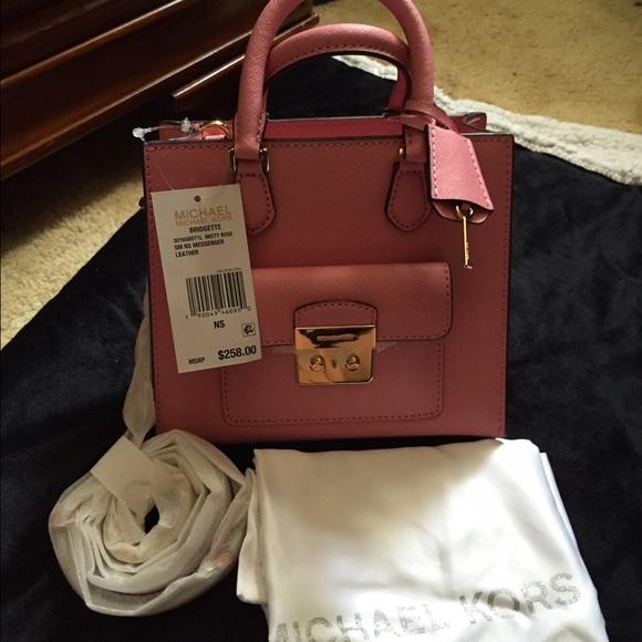 aec362ea534b Michael Kors Bags | Bridgette Messenger | Poshmark