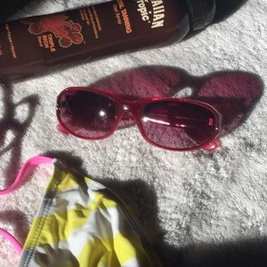 Super Cute Pink Steve Madden Sunglasses 