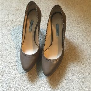 Authentic Prada brown pump