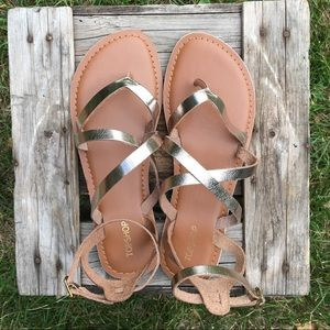 0b677d53f590 Topshop Shoes - 🌞NEW Hercules strappy metallic leather sandals🌞