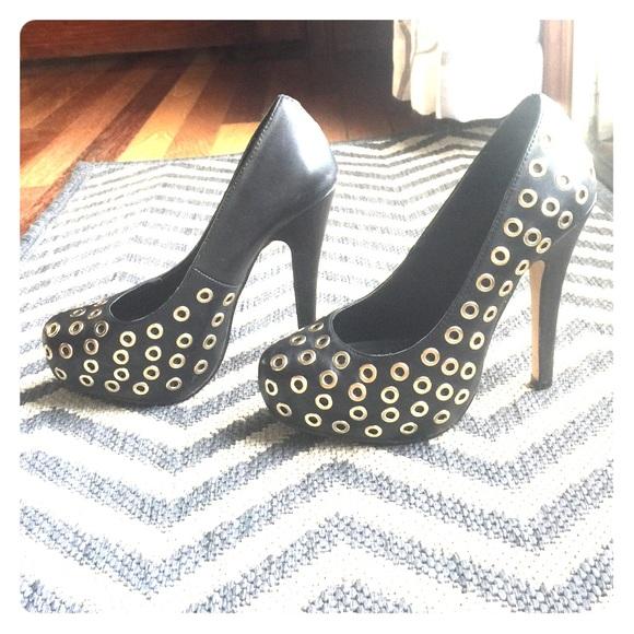 67 aldo shoes aldo black and gold pumps s us