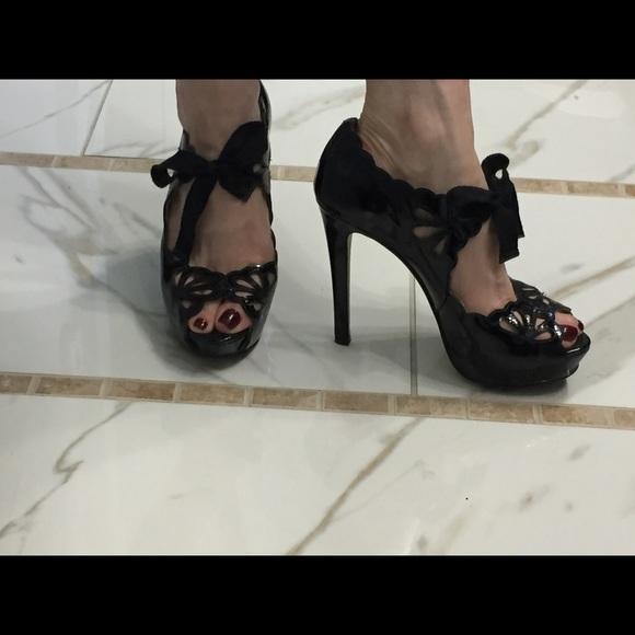 05cf415d7a8 Joan   David Shoes - Super Sexy Joan   David Black Leather Pumps