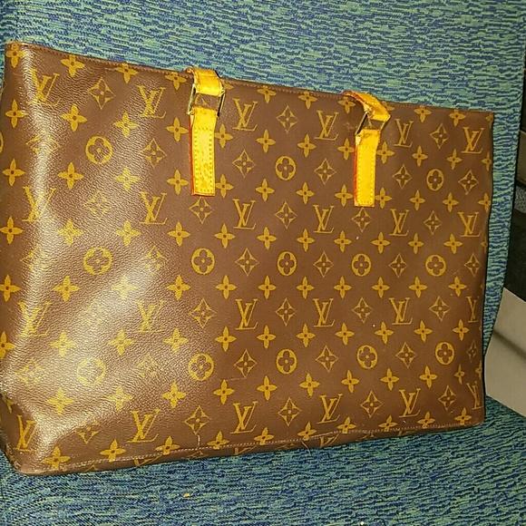 Louis Vuitton Handbags - Louis Vuitton Lucca tote 5434f26a6ee6