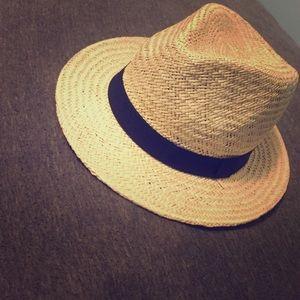 Summer straw hat NEVER WORN