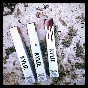 Kylie Jenner Lipstick Kit Metal Matte Bundle