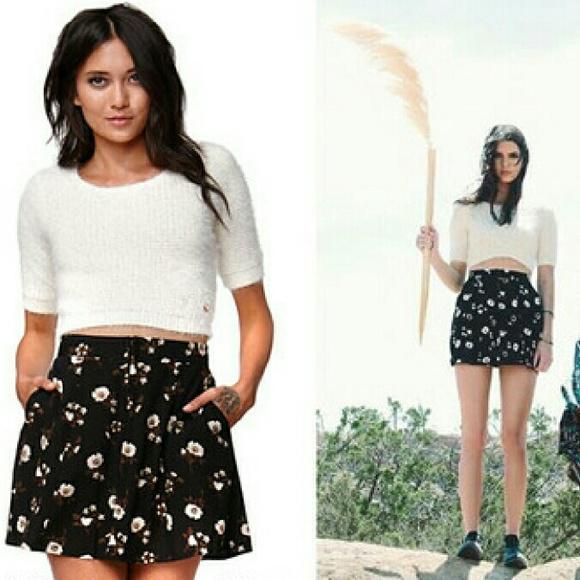 c61d68dfbded1e Kendall   Kylie Fuzzy Crop Sweater