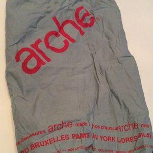 Arche Handbags - Arche Dust Bag🔴