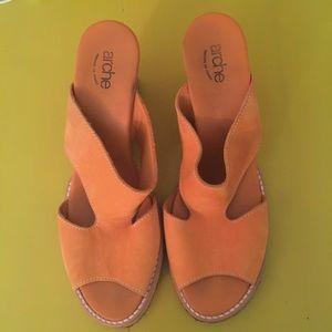 Arche Shoes - Arche orange nubuck sandals