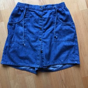 Is it a Skirt or Shorts? It's a Skort!