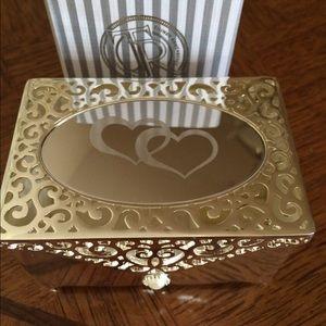 Accessories - Jewelry box, brand new with original box