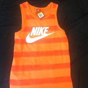 Men's Nike workout Tank!