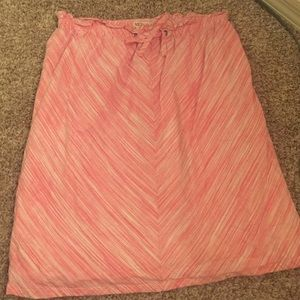 Pink and white designed skirt size M