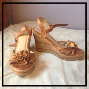 Wanted Shoes - Brown leather wedges